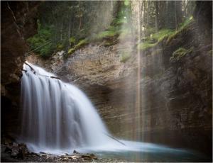 098 mark schwartz johnston canyon upper falls