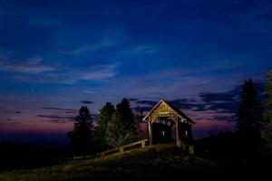 101_photography_blue hour covered bridge