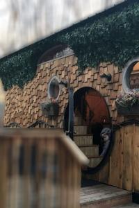 127_photography_hobbit house