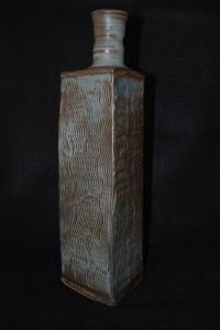 Bottle slab construction turned neck 11 in height 2016
