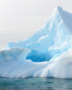 071 frank parisi ice peak antarctica