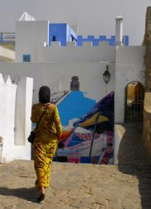 96 barbara withers photography woman in old city tangier morocco