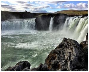 081 tricia rhodes godafoss waterfall