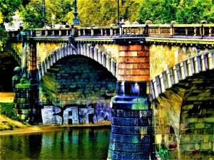 059 denise dipace batman under the bridge prague