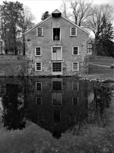 096_rosemarie_reinman_waterloo_village_reflection
